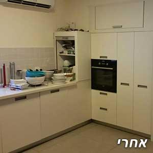 מטבח לבן לאחר צבע