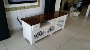 חידוש רהיטי עץ